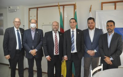 Em visita à FCDL-RS, Cônsul Geral de Israel no Brasil falou sobre o desenvolvimento de seu país