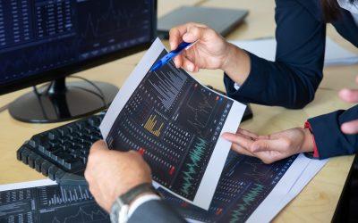 Economia: mercados ensaiam recuperação na véspera de importante reunião do FED
